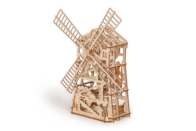 """Koka konstruktors """"Mehāniskās vēja dzirnavas"""""""