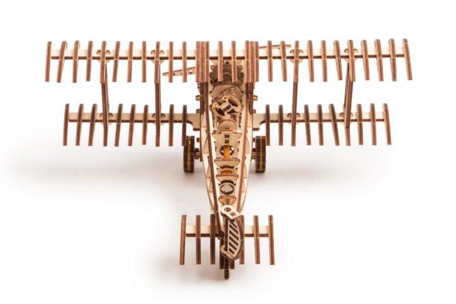 """Koka konstruktors """"Lidmašīna"""""""