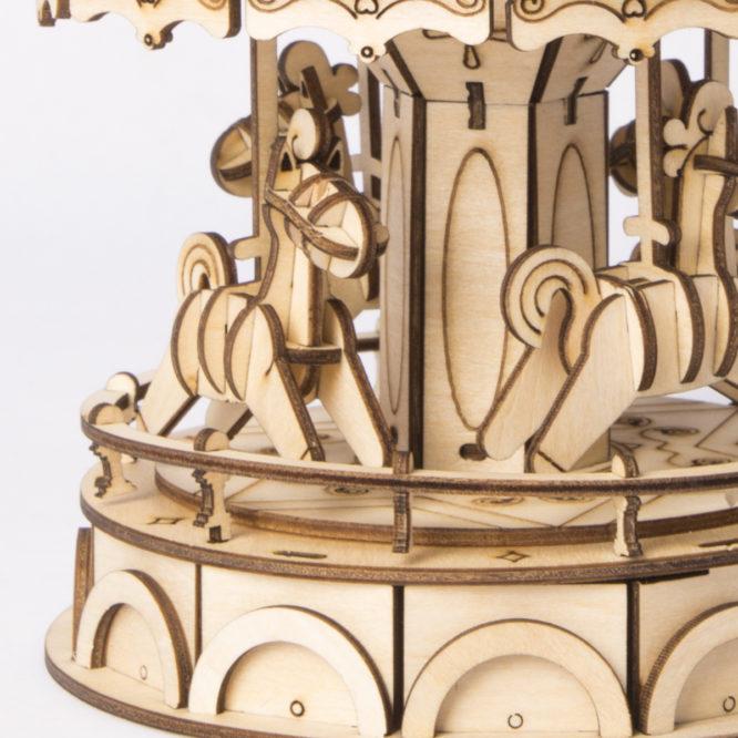 "3D koka puzle ""Mazais karuselis"""